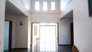 玄関ホールafter2